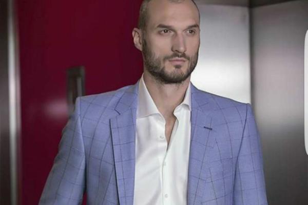 Simonović: Igrač i van terena